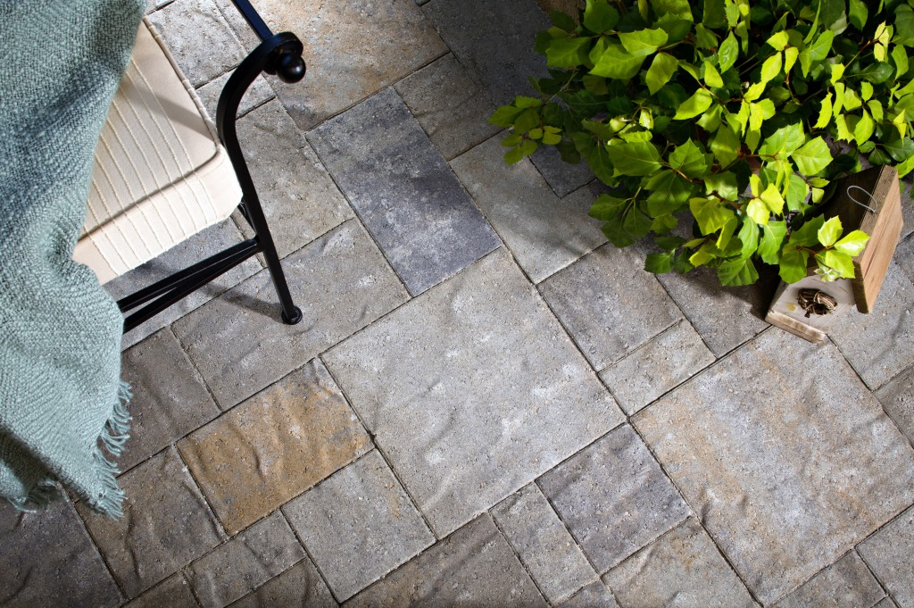 Outdoor floor tiles Ann Arbor Stone Tile